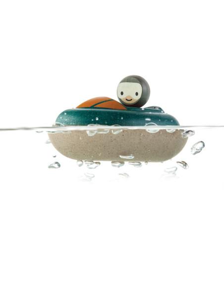 Drewniana motorówka – zabawka do kąpieli