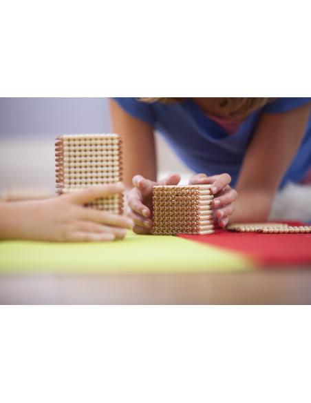 Nienhuis - Złoty materiał - koraliki na drucikach