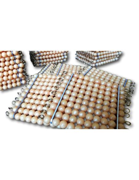 45 sztuk kwadratów (100 złotych koralików)
