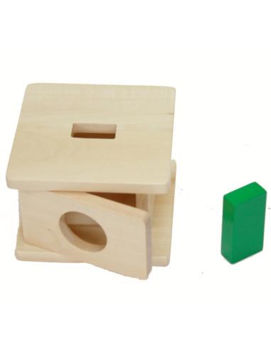 Drewniane pudełko dla malucha z prostokątem