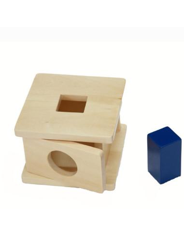 Drewniane pudełko dla malucha z  kwadratem
