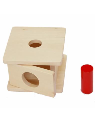 Drewniane pudełko dla malucha z dużym cylindrem